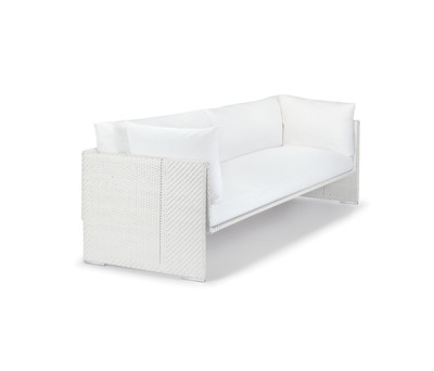 Slim Line 4 seater by DEDON