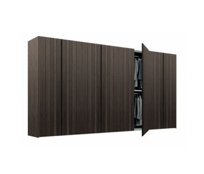 Stratus wardrobe by Poliform