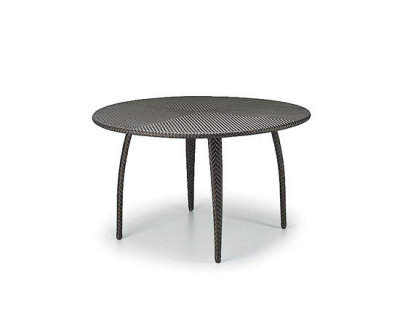 Tango Dining table by DEDON