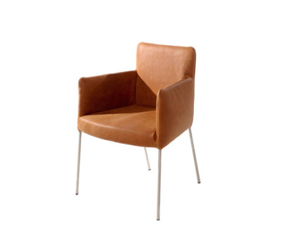Tiba dining chair by Label