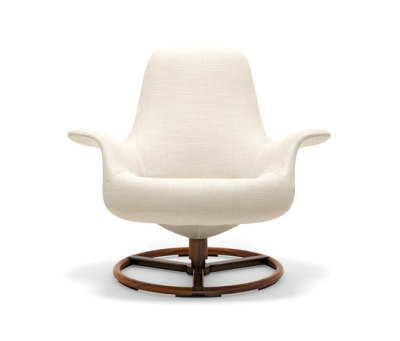 Tilt Swivel Armchair by Giorgetti