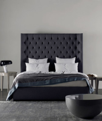 Turman Bed by Meridiani