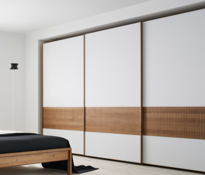 valore relief wardrobe system by TEAM 7