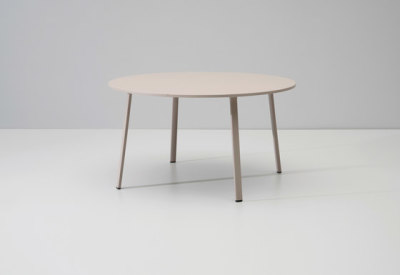 Village dining table by KETTAL