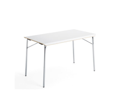 Viper folding table by Materia
