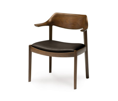 Wing side chair by Conde House Europe