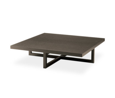 Yard coffee table by Poliform spessart oak
