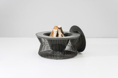 Zigzag fire pit by KETTAL