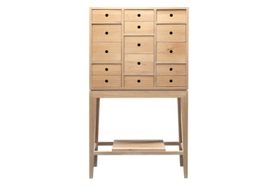 Contador Chest of Drawers