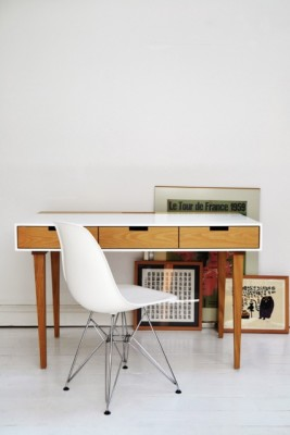 Corian Writing Desk White, Straight Legs
