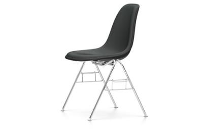 DSS-N With Full Upholstery 94 moss grey, 04 white, 04 basic dark for carpet, Hopsak 79 warmgrey/ivory