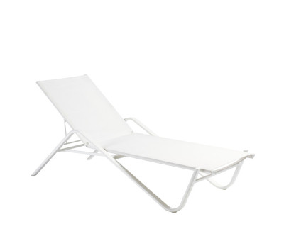 Holly Stackable Sunbed With Hidden Wheels Matt White/White