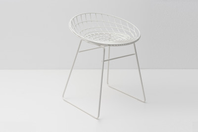 KM05 Stool Paper White