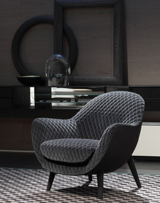Mad Queen Armchair by Poliform