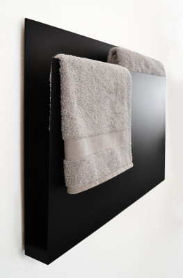 Magazine Towel Warmer Black