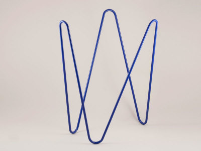 MW magazine rack dark blue
