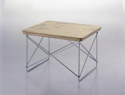 Occasional Table LTR Gold leaf, base chromed