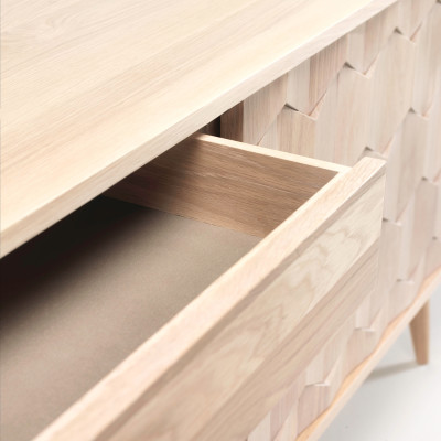 Scarpa Sideboard - oak (detail)