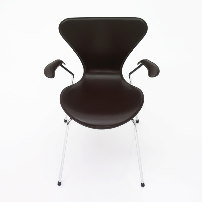Series 7 Armchair - front upholstered Elegance Leather Black, Lacquered and full dark stained OAK