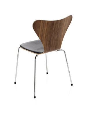 Series 7 Chair - front upholstered Soft Leather Black, Natural Veneer