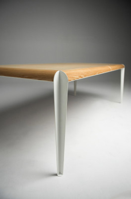 Slice table by Sander Mulder for Kubikoff