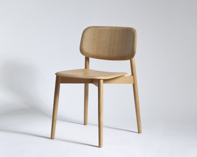 soft edge dining chair with wood frame matt lacquer oak by hay. Black Bedroom Furniture Sets. Home Design Ideas