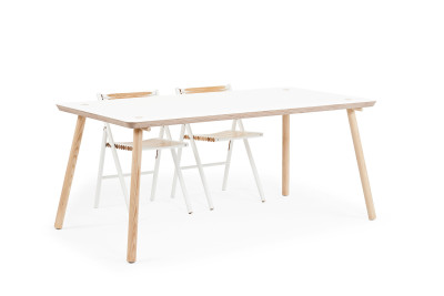 stip dining table