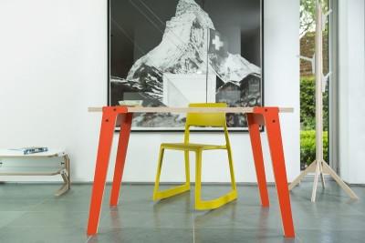 rform Switch Table Small - Foxy Orange