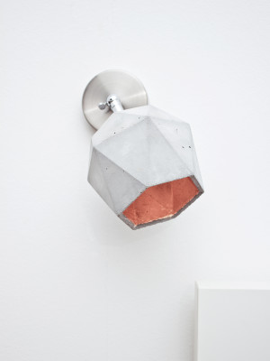 [T2] Spot Wall Light Triangle Light Grey Concrete, Copper Plating