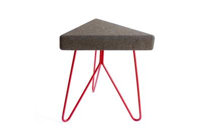 Três Stool.table - dark cork, red legs