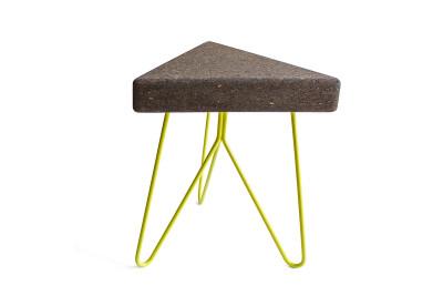 Três Stool.table - dark cork, yellow legs