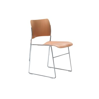 40/4 chair with integrated linking by HOWE