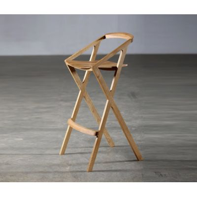 7 Highchair by Artisan