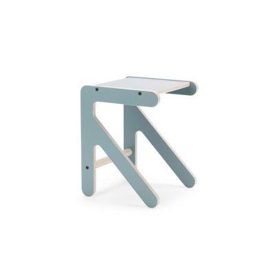 Arrow chair by KLOSS