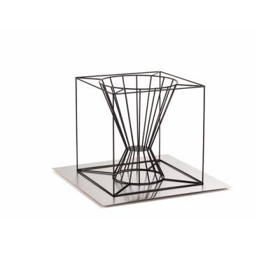 Boo fire basket by Skargaarden