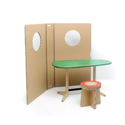 Child´s table by BULO