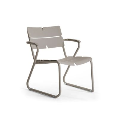 Corail Lounge Armchair by Oasiq