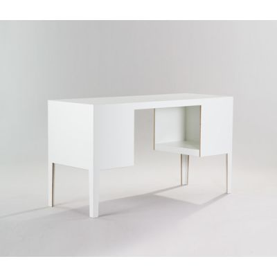 Desk by MORGEN