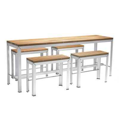 Extempore high table by extremis