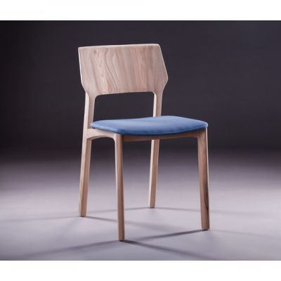 Fin Chair by Artisan