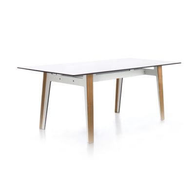 Jig square table by Conmoto