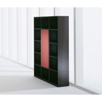 MQ shelving unit with integrated cabinet element by Hund Möbelwerke