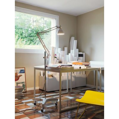 Naska Floor lamp by FontanaArte