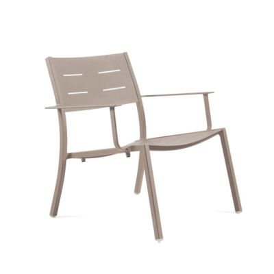NS9528 Low Armchair by Maiori Design