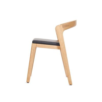 Play Chair – Oak Natural Stained with black calf leather cushion by Wildspirit