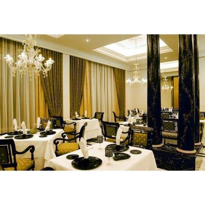 Ritz Carlton Berlin - 18433A by Kalmar
