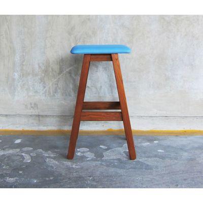 SIM Bar Stool by TAKEHOMEDESIGN