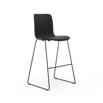 Sola high bar upholstered black by Martela Oyj