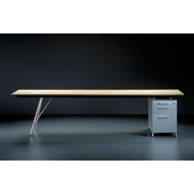 Unistandardtisch by Atelier Alinea