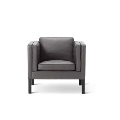 2334 Lounge Chair Oak Black Lacquered, Leather 70 Beige